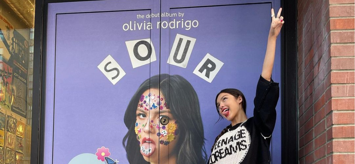 Olivia Rodrigo Could Potentially Lose MILLIONS of Dollars To Taylor Swift & Paramore