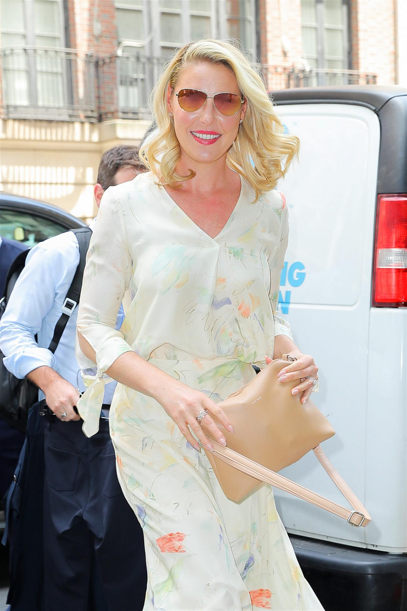 Katherine Heigl is all smiling while out and about in New York City