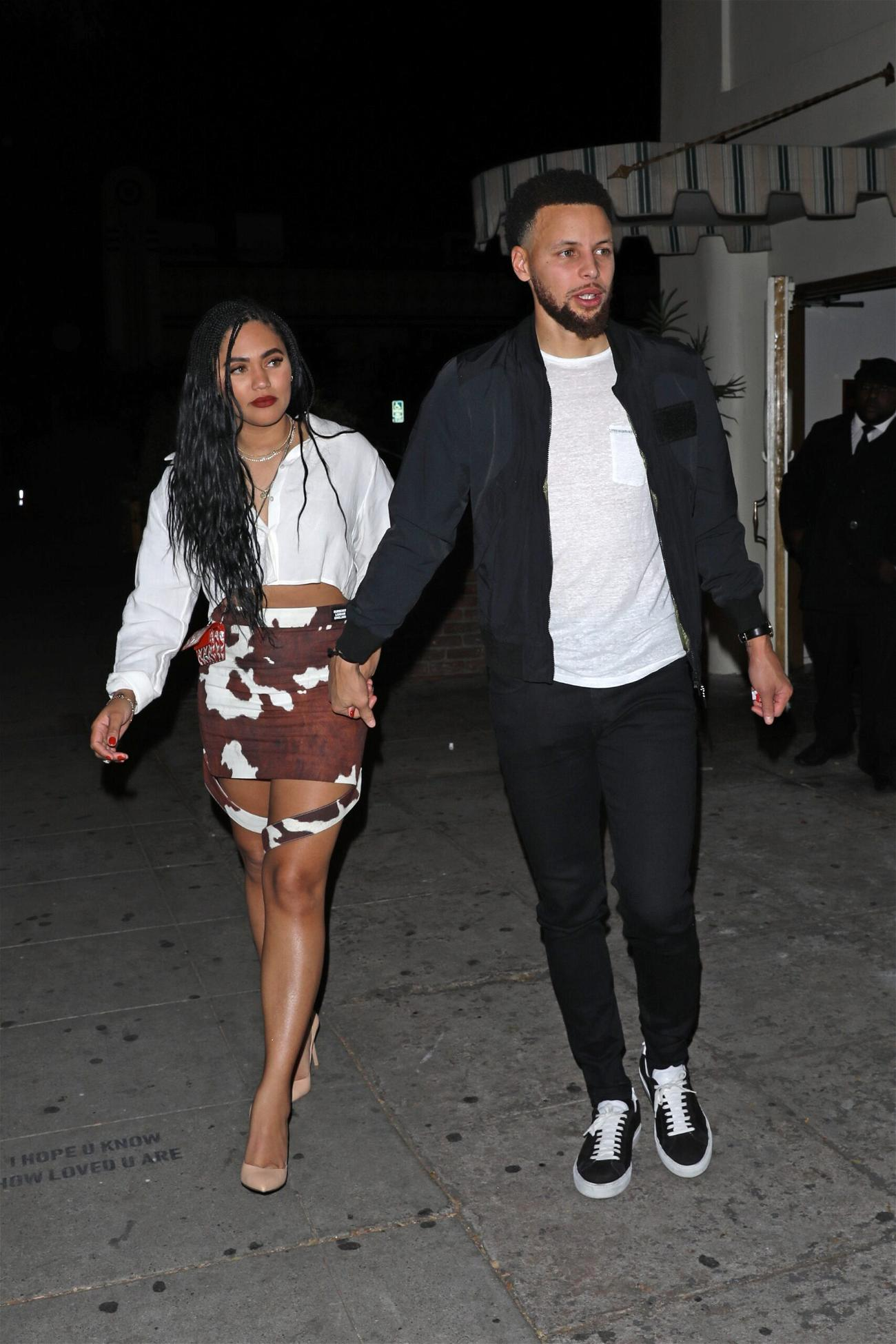 Stephen Curry and Ayesha Curry grab dinner at the Delilah restaurant