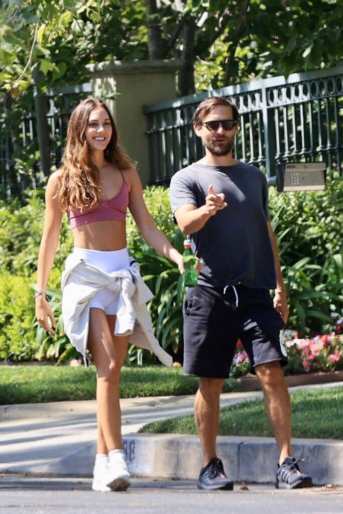 Tobey Maguire and stunning girlfriend Tatiana Dieteman enjoy a walk in the sun