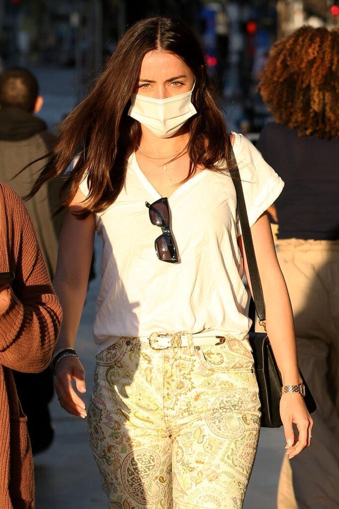Ana De Armas Chritmas shopping at the Promenade in Santa Monica