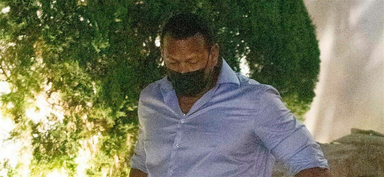 Has Alex Rodriguez Found Love Again with NFL Reporter?