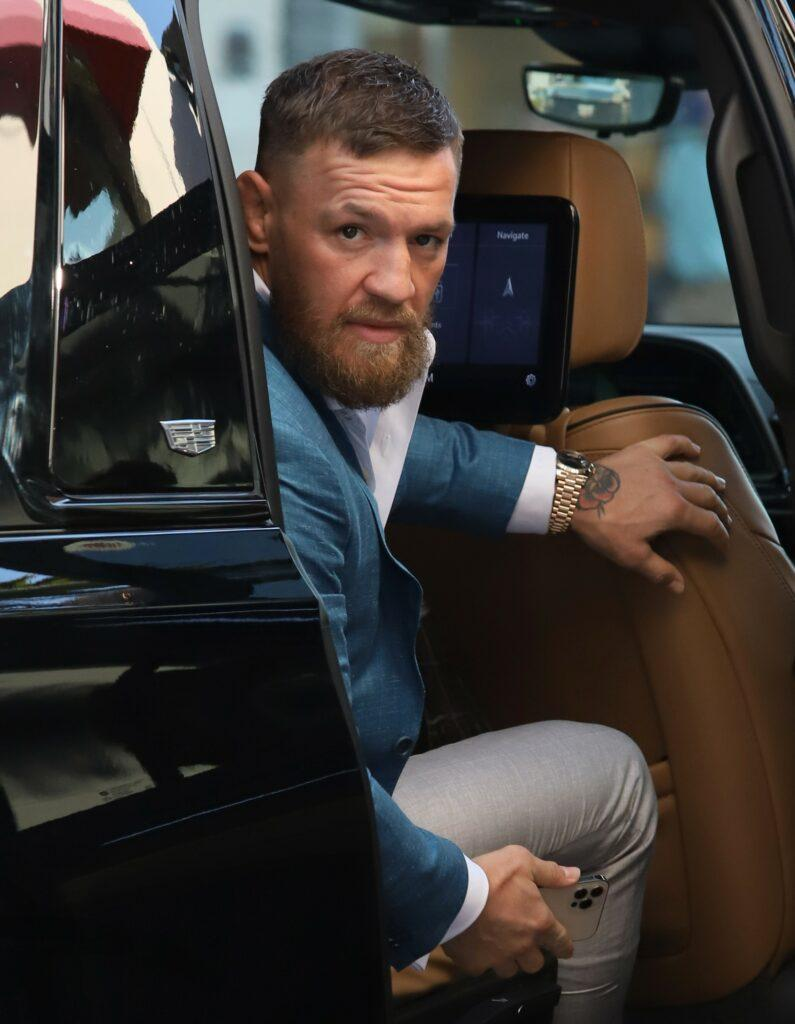 Conor McGregor takes family to Rodeo Drive