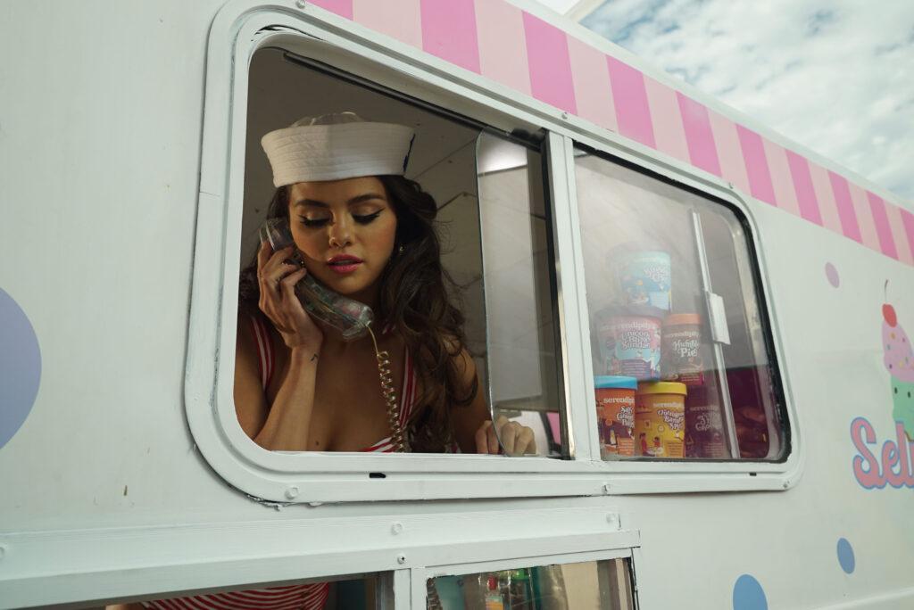Selena Gomez creates her own Selena Sundae with Serendipity3 restaurant