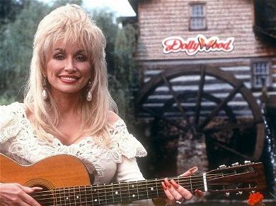 Dolly Parton Once Referred To Hollywood As A 'Phony World'