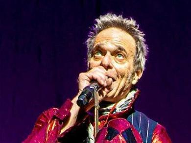 Van Halen Frontman, David Lee Roth, Announces His Retirement