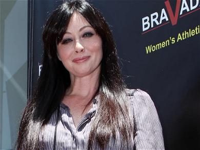 '90210' Star Shannen Doherty Shares Heartbreaking Cancer Treatment Pictures