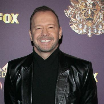 Donnie Wahlberg And Fans Are Spreading Positivity On Twitter