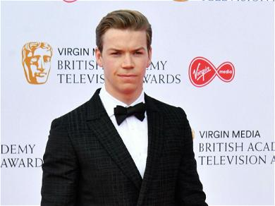 Will Poulter's Best Kiss Time Machine, Jennifer Aniston And Emma Roberts SO LUCKY!