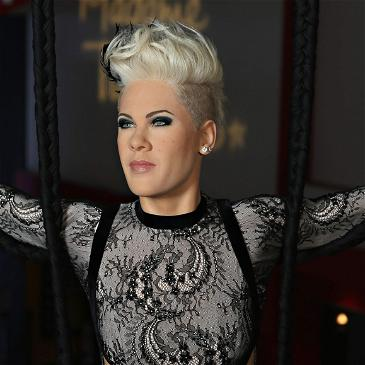 Singer Pink Shares Touching Tribute In Honor Of Her Dad's Posthumous 76th Birthday