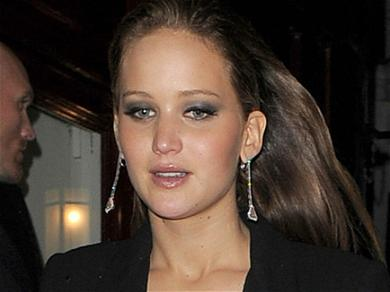 Jennifer Lawrence Displays Her Growing Baby Bump In Cute Workout Clothes