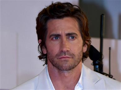 Jake Gyllenhaal Opens Up About Filming Love Scenes With Jen Aniston