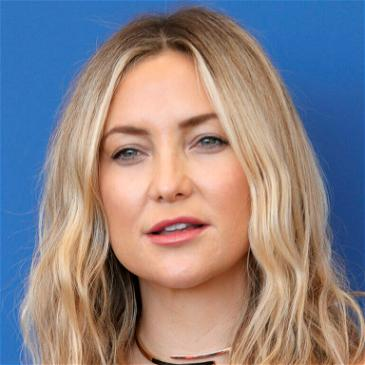 Kate Hudson, 42, Strips Down To Her Underwear In Honor Of Breast Cancer Awareness Month
