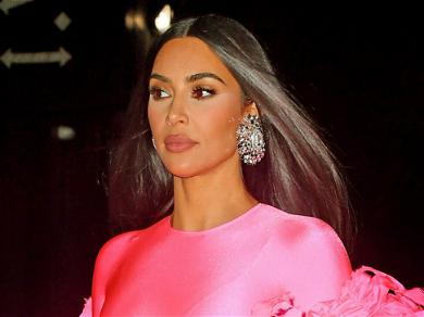 Kim Kardashian's Family Reacts To Her 'SNL' Debut After She Brutally Roasted Them!