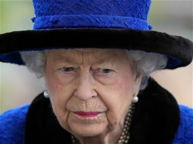 Queen Elizabeth Spends Night In Hospital After Cancelled Visit to Northern Ireland